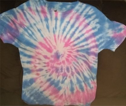 Cotton Candy Spiral T Shirt Size: L