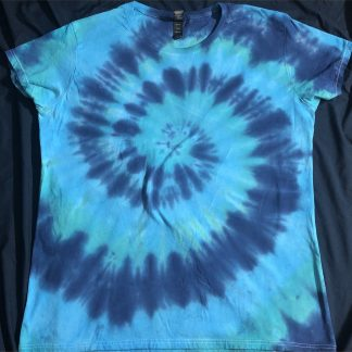 Water Element Ladies Crew Neck Size XL